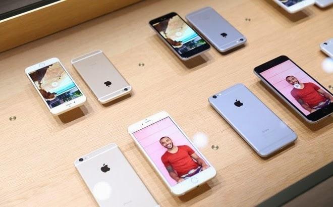 iPhone hàng trưng bày