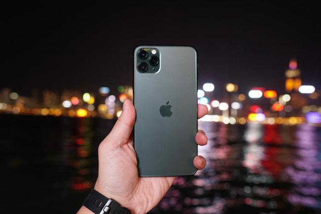 iPhone 11 Pro Xanh Bóng Đêm là màu mới nhất năm nay