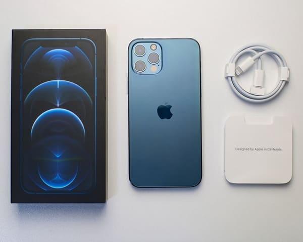 iPhone 12 Pro giá bao nhiêu