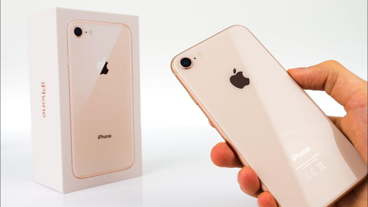 Đập hộp iPhone 8: Sành điệu hơn, mạnh mẽ hơn, quý phái hơn