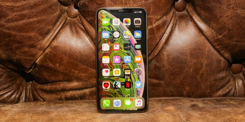 iphone xs bao nhiêu tiền