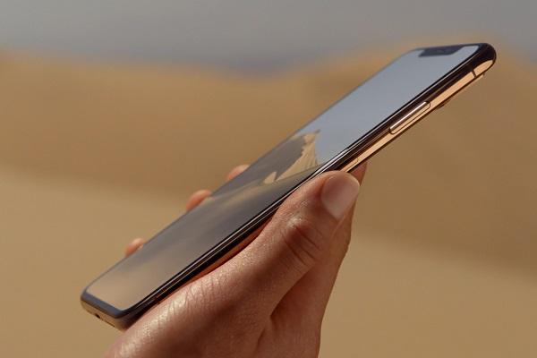 iphone xs có mấy màu