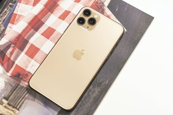 Khui hộp iPhone 11 Pro mới