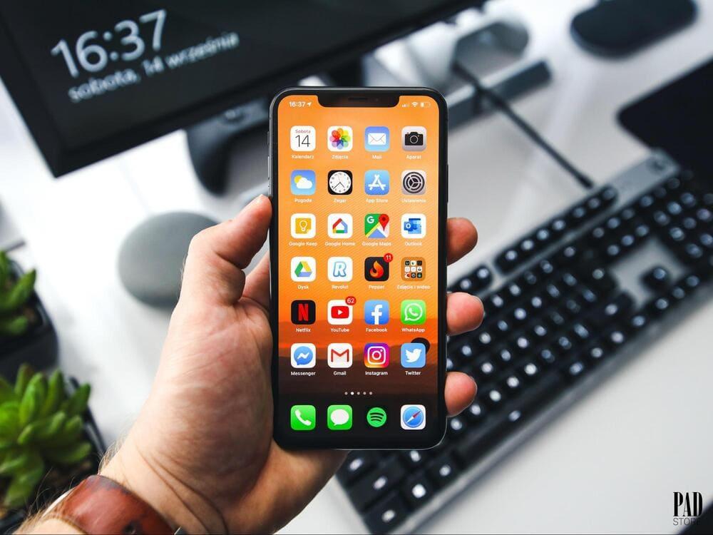 màn hình iphone 11 pro max màu xanh