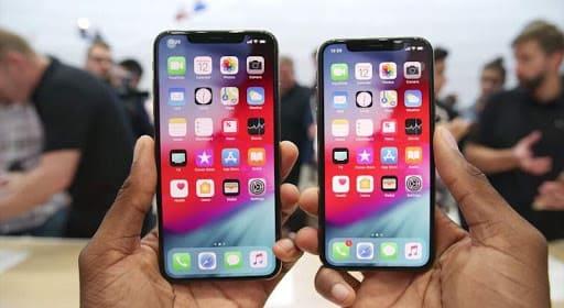 nên chọn màn hình iPhone Xs hay Xs Max