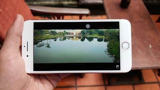 review iphone 8 plus màn hình