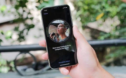 so sánh bảo mật trên iPhone Xs và Xs Max