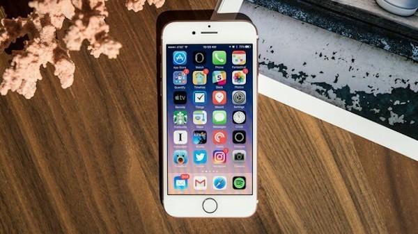 """Đánh giá pin iPhone 7 đủ """"trâu"""" cho mọi trải nghiệm người dùng"""